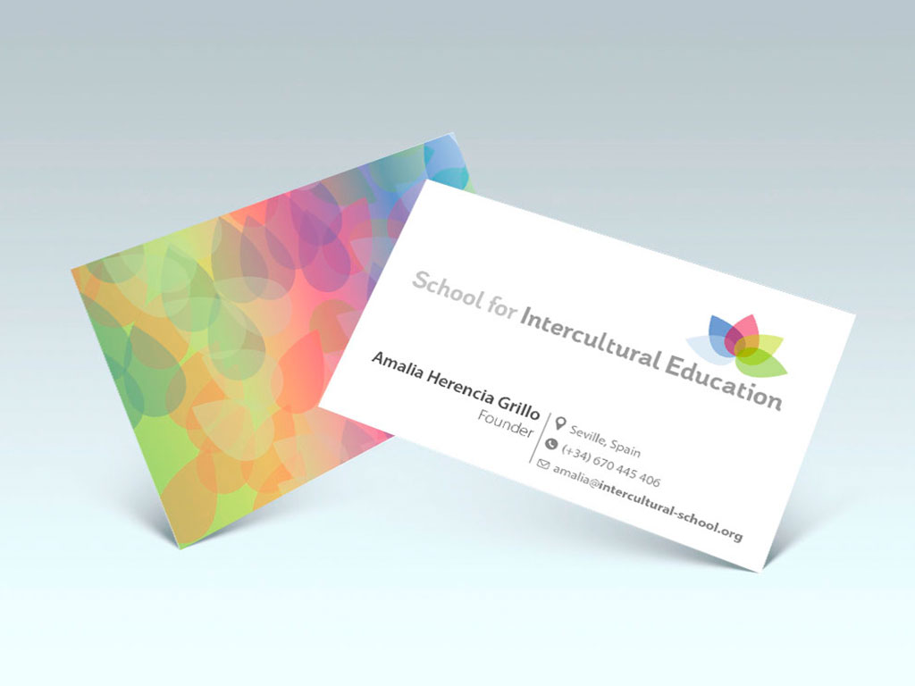 Logo y tarjetas School of Intercultural Education